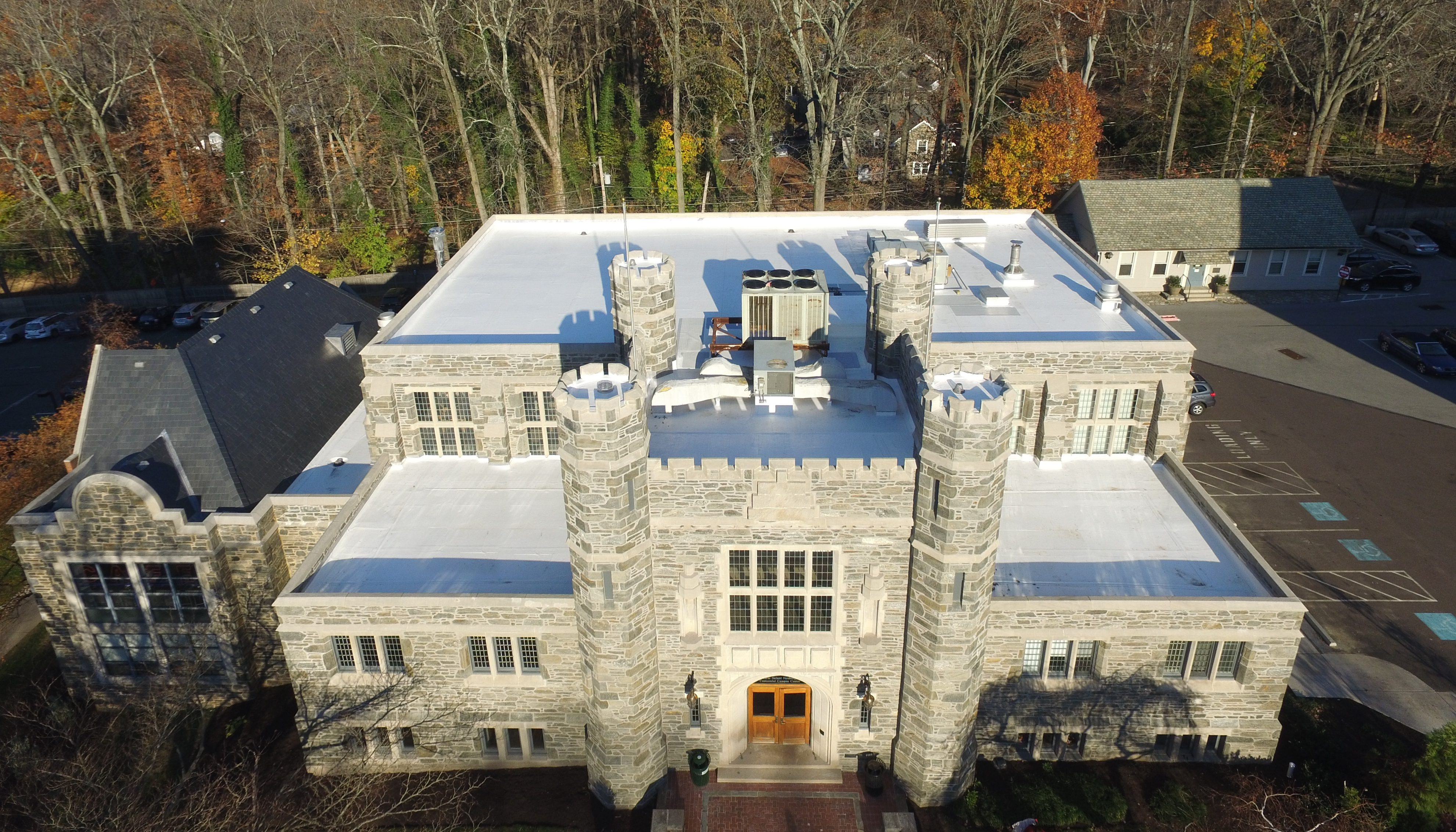 Pvc And Slate Roof On Bryn Mawr College S Campus Center Gsm Roofing