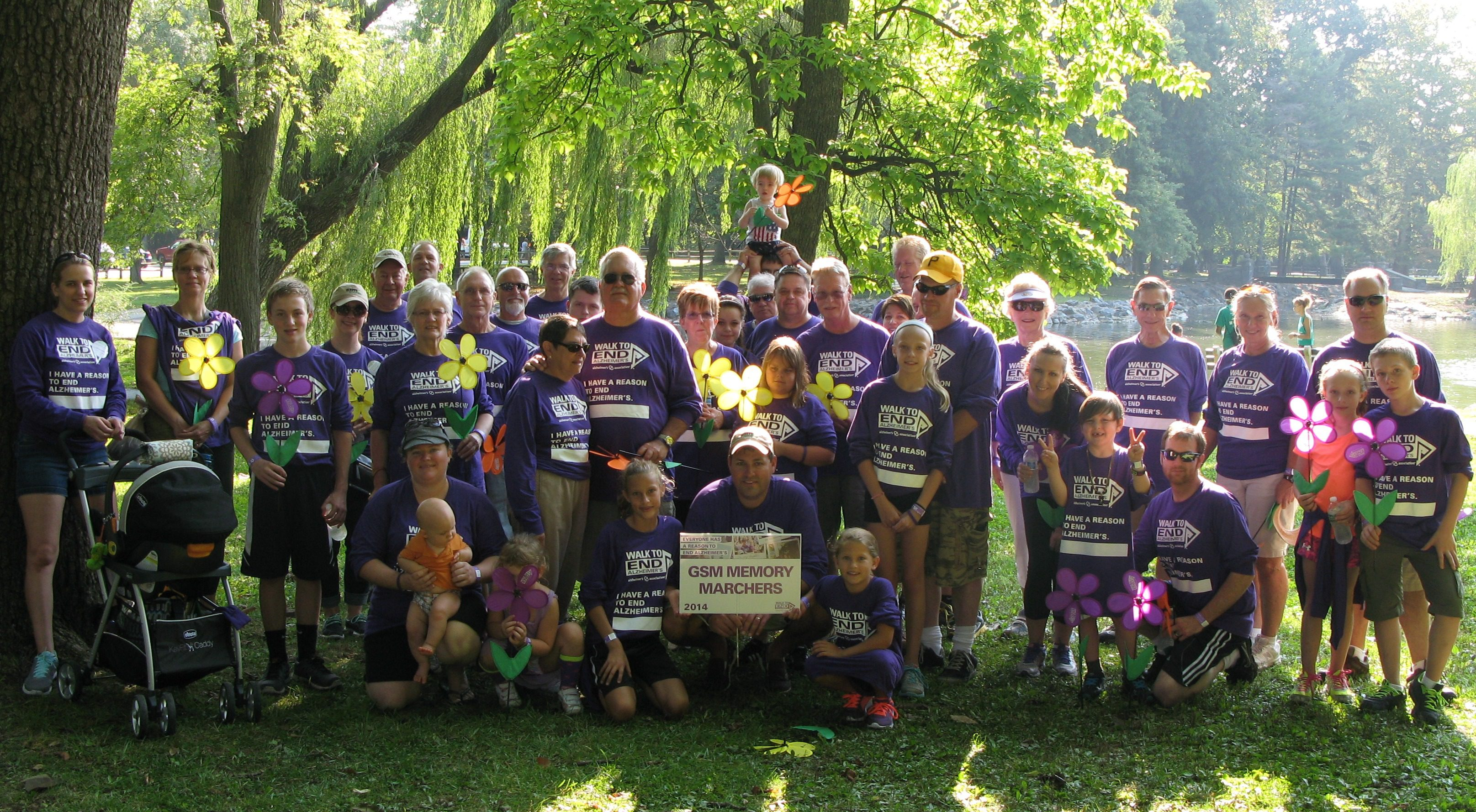 Gsm Memory Marchers Walk To End Alzheimer S Gsm Roofing