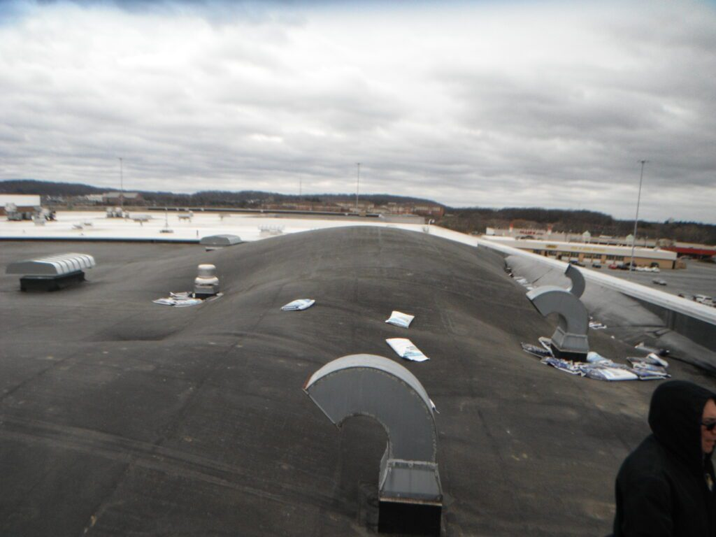 Shopping Mall Epdm Roof Membrane Delamination Before